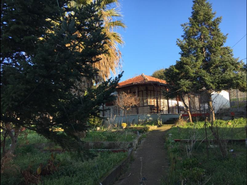 Προς πώληση κατοικία στην Αργαλαστή με θέα θάλασσας